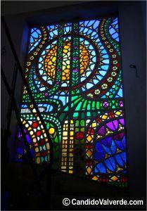 vidrieras artisticas iluminada