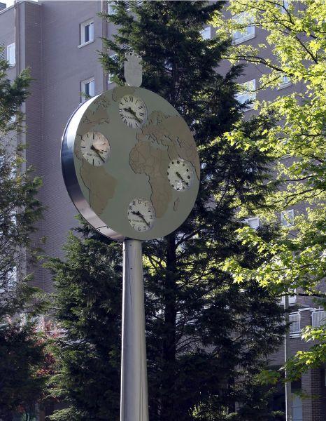 Reloj hora mundial Fuenlabrada (Madrid)